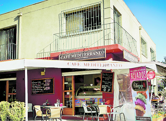 Cafe Mediterraneo
