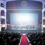 El rock revive los antiguos teatros