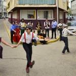 """El nuevo """"swing"""" de la calle"""
