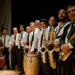 eL REGRESO DE LA Orquesta Huambaly