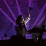 Javiera Mena presenta su disco en el Teatro Cariola