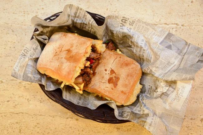 Sandwicheria La Gloria_-9