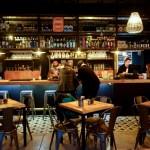 Bocacalle: el escondido bar al lado del Metro Manuel Montt