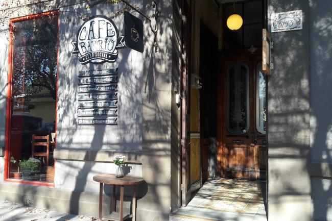 club social cafe de barrio
