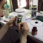 Un taller para aprender a pintar platos y tazas