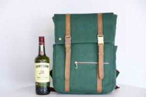 Cerrado: ¡Gana una increíble mochila más un whiskey!