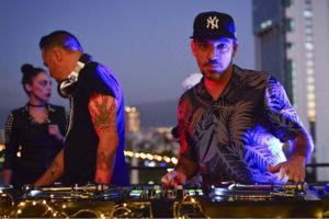 Independencia: la fonda con Djs y raperos de Latin Bitman