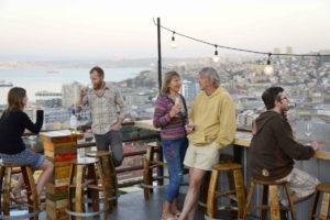 WineBox: Sunset en una terraza porteña