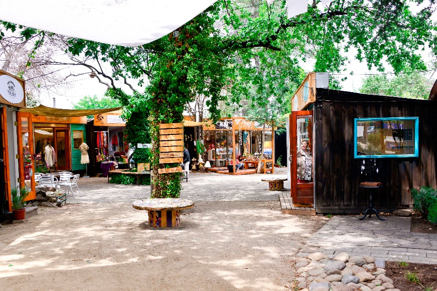 Bazar parque El Secreto