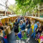 Fiesta y mercadito en calle Las Urbinas de Providencia