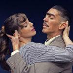 Bastián Bodenhöfer dirige Historia de amor con hombre bailando
