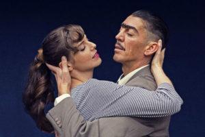 Historia de amor con hombre bailando