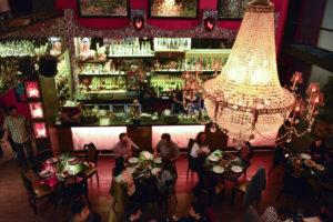 17 increíbles bares en Santiago que querrás visitar una y otra vez