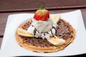 Esponjosa perdición: los mejores waffles en Santiago
