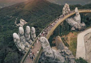 puente Cau Vang