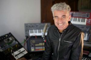 Jorge González vuelve a la electrónica de la mano de Fiat600