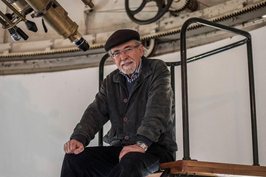 """Gratis: José Maza y su charla """"enfiestada"""" sobre Astronomía"""