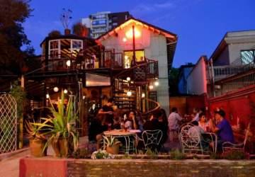 10 terrazas de Santiago de las que no querrás levantarte este verano
