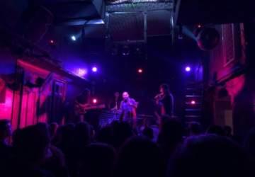 Bar de René: Sin querer queriendo, en el Barrio Italia