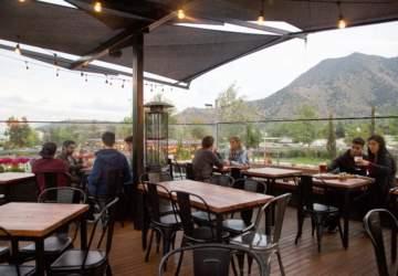Abre el Krossbar más grande de Santiago en el corazón de BordeRío