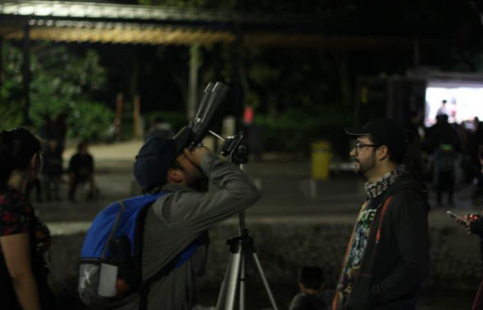 Gratis: una noche para observar Saturno desde el Parque Mahuida