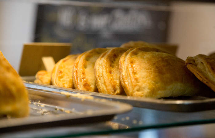 La Familia: La imperdible panadería peruana con empanadas de lomo saltado