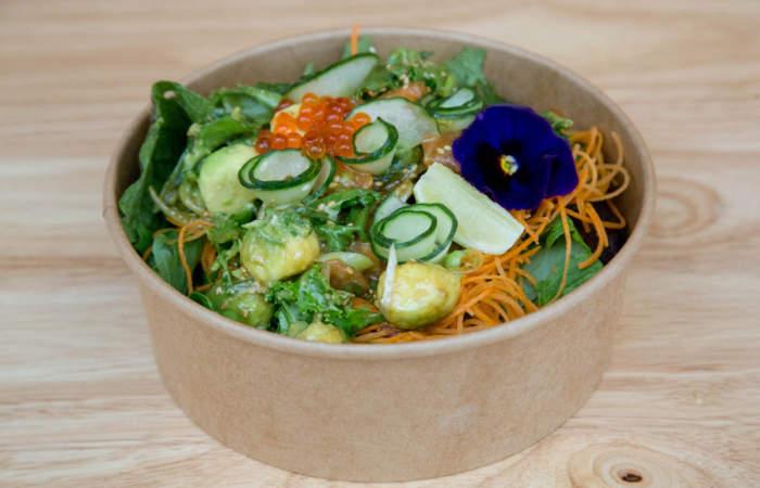 Lulupok: Todo el sabor de la cocina hawaiana en un bowl