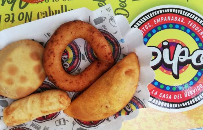 El local de irresistibles y baratos desayunos venezolanos de La Reina