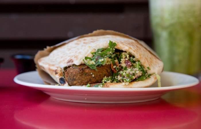 Sajj – Shawarmas & Bar: Una picada de Medio Oriente en Ñuñoa
