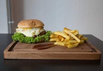 +58 Food: Las nuevas arepas y hamburguesas que llenan de sabor Plaza Italia