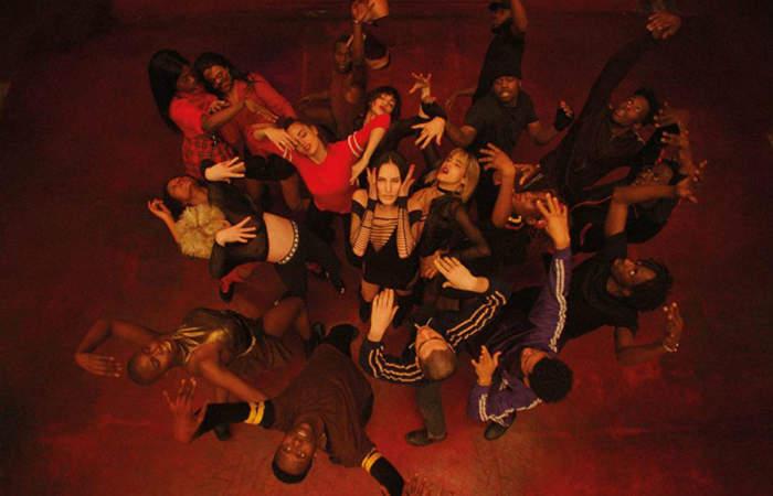 Clímax: Gaspar Noé vuelve a provocar con la inquietante historia de un grupo de bailarines
