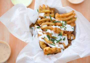 Crujientes y bien sazonadas: 5 locales imbatibles de papas fritas al paso