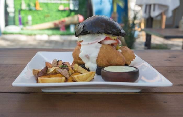 Küdell: El nuevo food truck con sándwich de pescado frito de Providencia