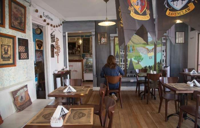 Plataforma 516: La primera cafetería de Chile inspirada en Harry Potter