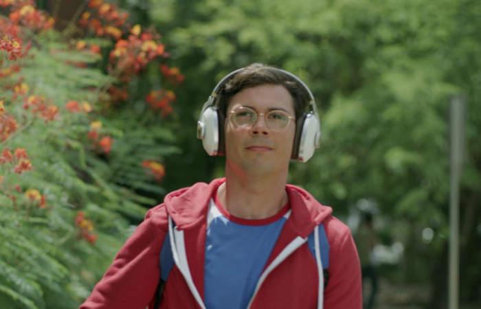Cinco series de Netflix perfectas para ver en el Metro (o en la micro)