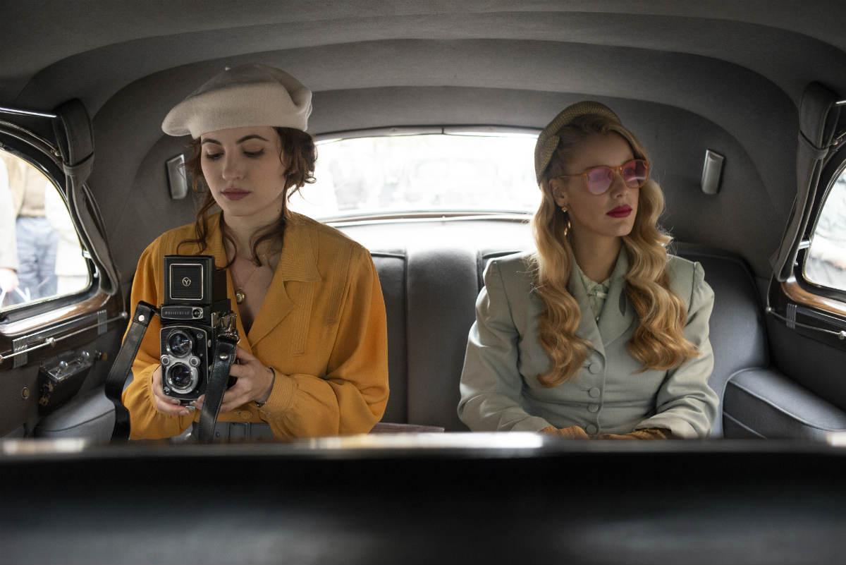 Carolina (Alejandra Onieva) y Eva (Ivana Baquero) en Alta Mar | Netflix