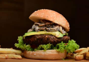 En Efecto Burger podrás comer más de 30 hamburguesas por sólo $ 4.000 cada una