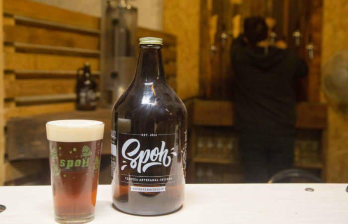 Spoh, el local del barrio Matta donde puedes llenar botellas con cerveza artesanal