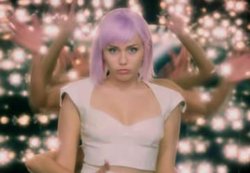 Miley Cyrus en la quinta temporada de Black Mirror Netflix