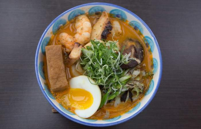 El nuevo ramen con todo el sabor marino de Temple Asian Lounge