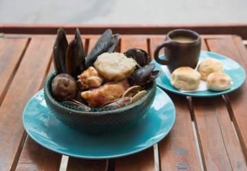 Chiloé en tu Mesa: El nuevo restaurante con pulmay en el barrio Yungay