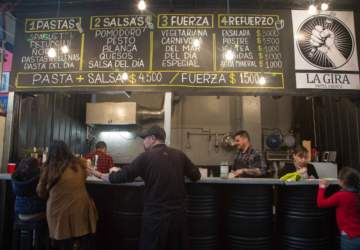 La Gira: Un local de pastas frescas a $ 4.500 en pleno Persa Bío Bío