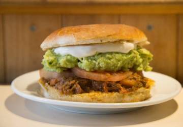 Aquí se festeja el Día de la Mechada, el sánguche más sabroso de la cocina chilena
