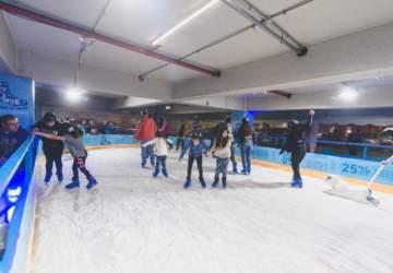 cancha de patinaje en hielo en viña del mar