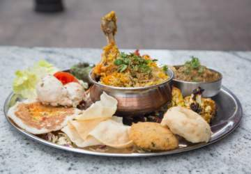 Donde Naresh: El nuevo buffet de cocina de la India en Santiago Centro