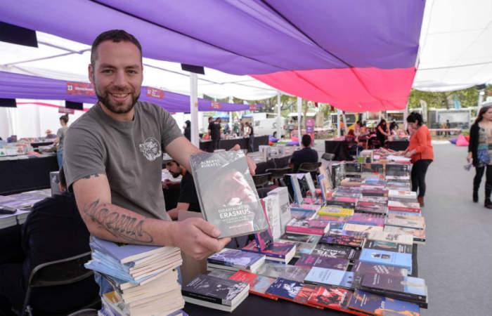 Primavera del Libro vuelve al Parque Bustamante con 150 editoriales, charlas, tocatas y food trucks