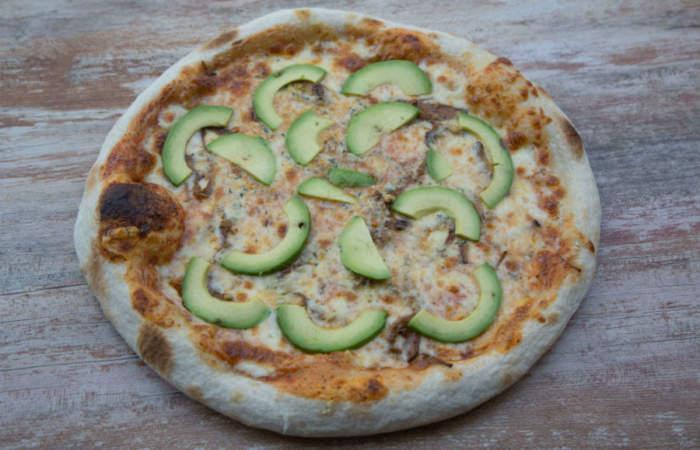 Pixxa, el premiado delivery de pizzas artesanales que llevan prieta, mechada y palta