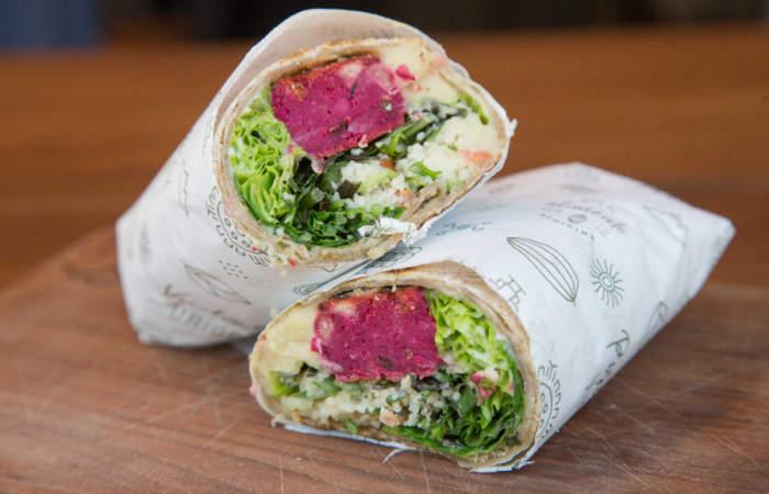 Primal Foods: un nuevo vegano en Providencia, hecho con materiales rescatados de la basura