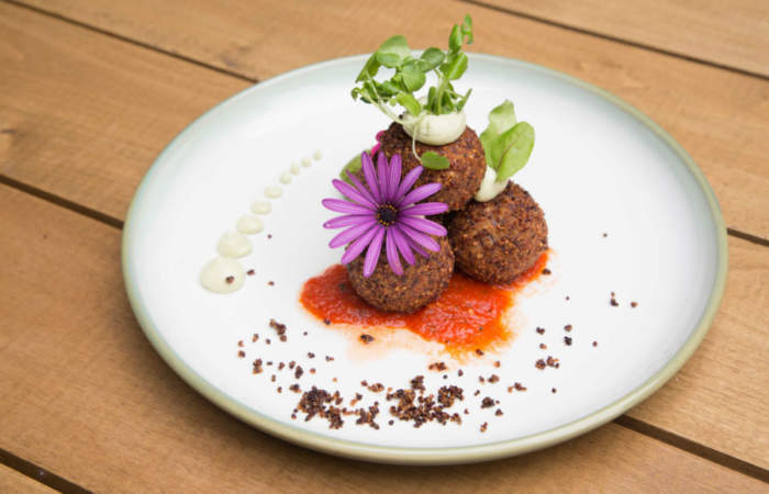 Flora, el restaurante de Viña del Mar con sabrosos platos inspirados en la naturaleza
