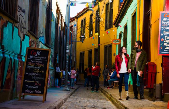 Chile Viajero, escucha el nuevo podcast conducido por Rodrigo Guendelman